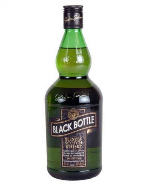 Garcias - Vinhos e Bebidas Espirituosas - WHISKY BLACKBOTTLE  1